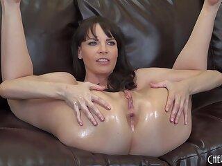 Dana DeArmond loves to masturbate on dramatize expunge sofa