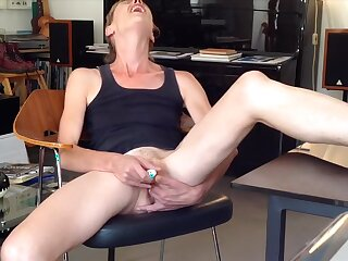 Showing how I fuck a dildo in amateur webcam sheet