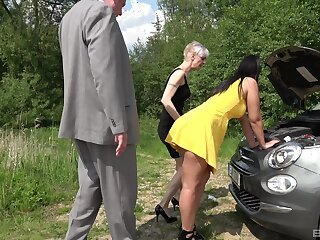 Outdoor foursome is good experience for mature foetus and her hot friend