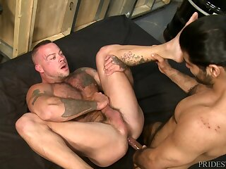 Mature Latino gay clothes-horse pounds a buffed white chap missionary