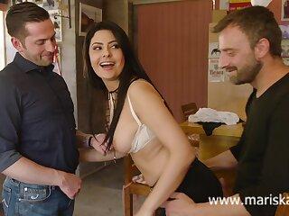 Latina MILF Mariska fucking one cowboys