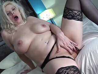 Kinzy Jo fingering her juicy messy pussy out of reach of webcam tarry