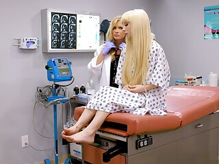 Two blonde sluts having some naughty time together winning hospital