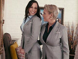 Aidra Fox learns all about lesbian pleasures unfamiliar Dee Williams