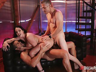 Hardcore fucking pass muster a night outside with pornstar Angela White