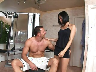 Brunette mature wants this muscular man's dick utterly inside her