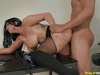 Take charge mature woman cheats with say no to big gun at the office