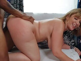 Married BBW Sara Pull someone's leg gets it on close by a hung store employee