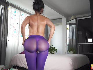 Solo wife toys her creamy cunt in a marvelous home scene