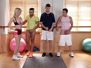 Insane nude sex at the gym with the hot guys