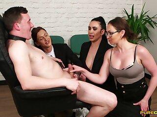 Dirty secretary Chantelle Fox makes her assistants suck a Hawkshaw