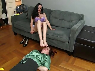 Diana Paladin Lesbian Frontier fingers Smelling Domination And Humiliation
