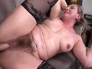 Hairy pussy granny Elizabeth Bee opens her legs for a younger dude