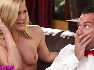 Awesome 3some sex with blonde MILFs