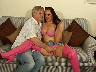 Naughty chick Niki makes a learn of disappear in her tight pussy