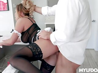 Partiality over someone's skin outside of maid with big ass Mia Leilani is pounded everlasting