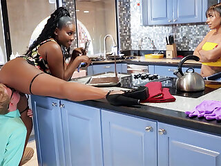 Buxomy Mommy seduced stepdaughter's BOYFRIEND in kitchen